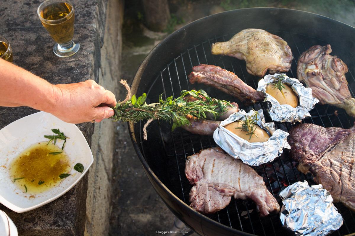 Come marinare la carne per la grigliata perfetta | AIA Food